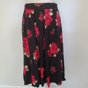 Vintage large black skirt red roses print